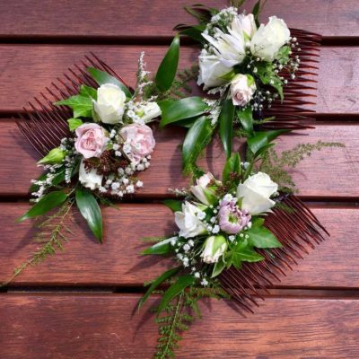 Flower hair combs for bridesmaids