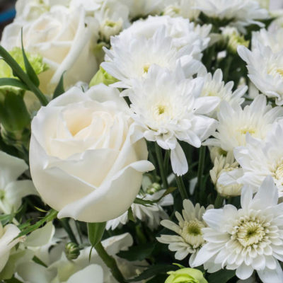 Bouquet of white roses,chrysanthemums, carnations and Lisianthus
