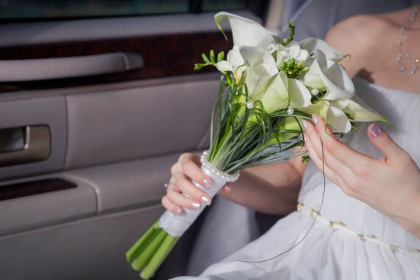 Calla lily bridal sheath bouquet