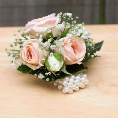 Wrist wedding corsage