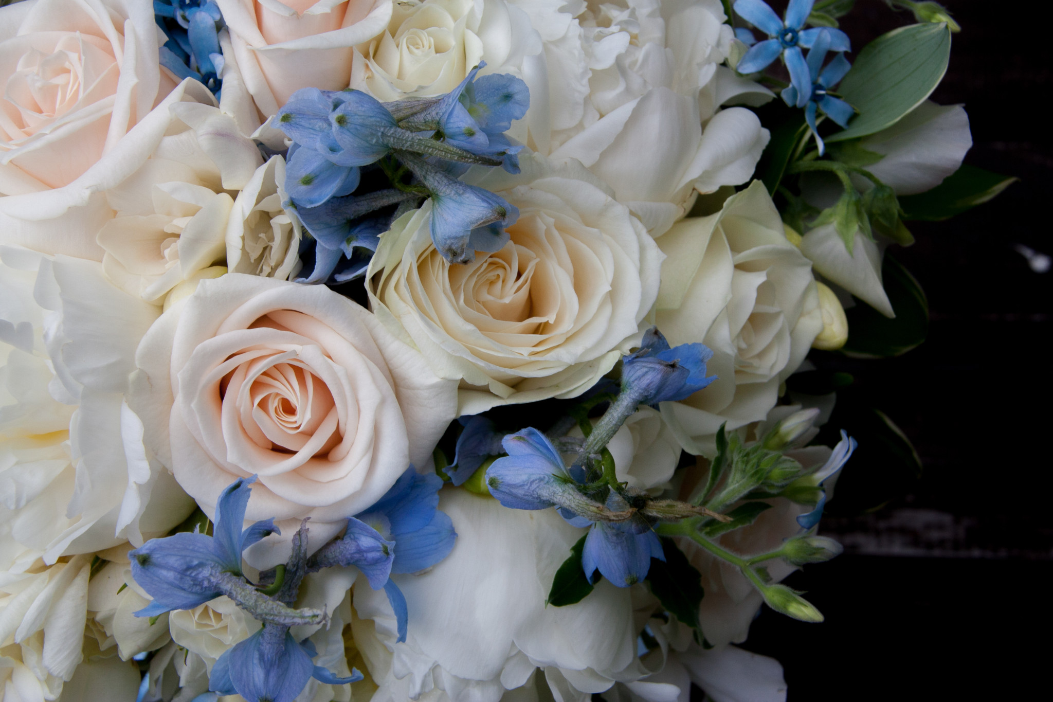 Showing close up of bride's wedding bouquet