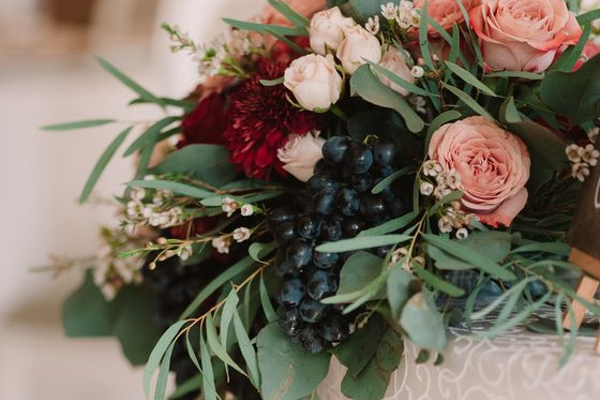Lush table centrepiece for wedding table