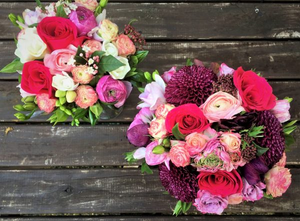 Bright pink colour palette for these wedding flowers