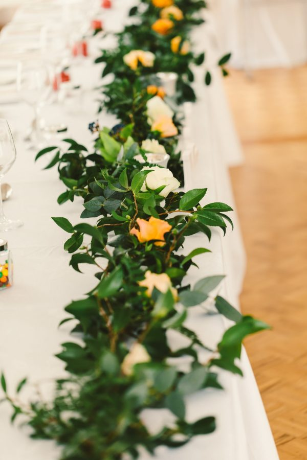 Bridal wedding table garland