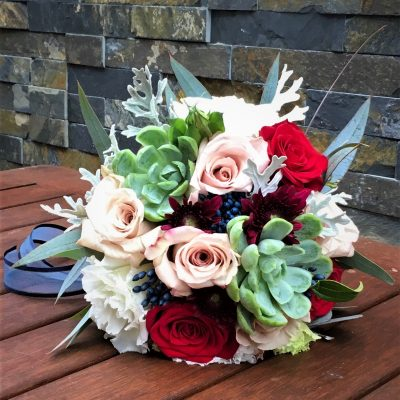 Pretty bridesmaid's bouquet