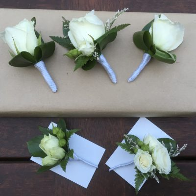 Buttonholes for groom and groomsmen and ladies corsages